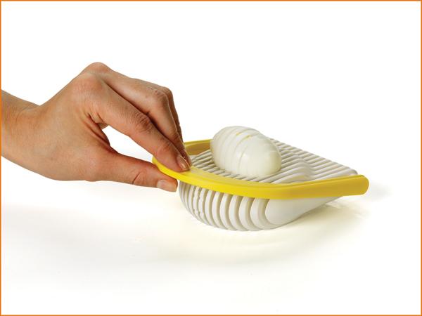 FlipSlice Egg Slicer